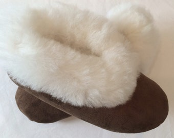 Warm, 100% Baby Alpaca Fur Slippers for Men, Women, teens. A Luxury, Soft Gift for Mother's day, Father's day, Valentine's Day or Birthday!