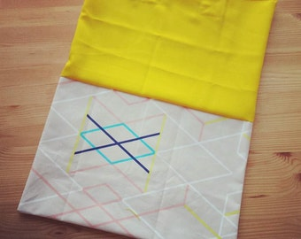 Nice shopper (totebag) of hip fabric to all your message get involved!