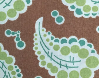 HFreshcut Dotted Paisley by Heather Bailey for Free Spirit Fabrics