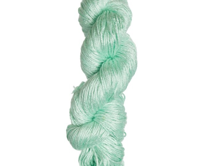Milk-Bamboo Yarn - Bulky Weight - Pastel Green