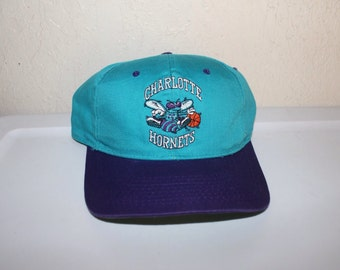 Vintage 90's Charlotte Hornets Snapback by Competitor