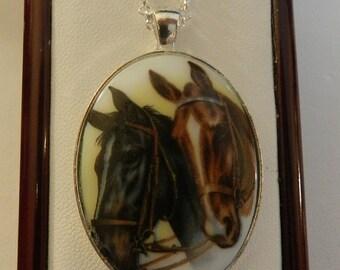 CIJ SALE Lovely Horse Cameo Pendant  V2