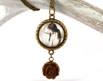 vintage lady pendant - 1920s pin up necklace - clara bow - roaring 20s - gatsby jewelry - flapper pendant - Ziegfeld girl necklace - brown