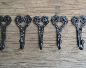Set of 5 spiral heart wrought iron coat hooks, hangers Y2