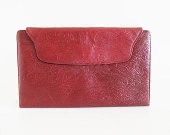 Vintage • Clutch • Maroon Clutch • Red Clutch • Maroon Purse • Maroon Bag • Maroon Handbag • Silver Handbag • Red Clutch • Red Handbag