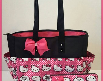Hello Kitty Diaper Bag Set. Hot Pink. Bow. Matching wipe case. Tote. Purse.