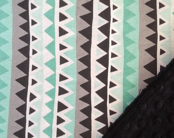 Stroller Blanket with Cuddly Minky Backing - Mint/Black Triangles