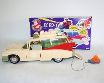 Ghostbusters ECTO-1 vehicle car kenner 1984 vintage retro toys collectibles