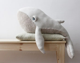 Big Albino Whale <O> Stuffed Animal <O> Plush Toy