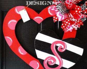 SHIPS NOW!! Double Heart Red, Valentine Heart  Door Decor, Valentine Wreath