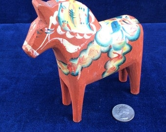Vintage 5.5 inch Dala horse