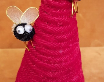 1970s handmade bee hive pin cushion with bees