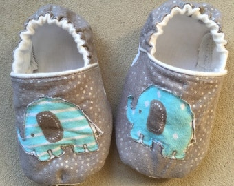 Elephant baby shoes, grey baby booties, crib shoes, slippers, infant, animal