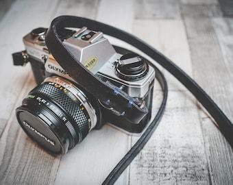 Handmade Leather Camera Strap - Rivet Free! | Black | Choice of length | Camera Strap