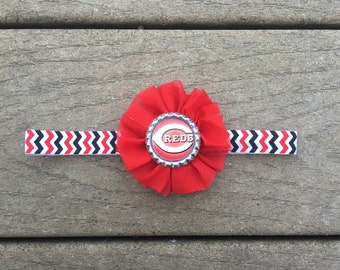 MLB Cincinnati Reds baby girl headband!  Cincinnati Reds Baby Headband!  Cincinnati Reds Baseball Girl!  Baby Reds Fan!