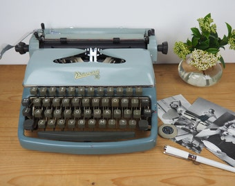 vintage typewriter Rheinmetall KS in vintage condition
