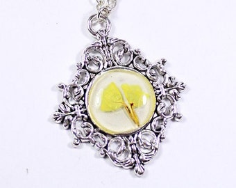 yellow necklace/for/her flower necklace gift/for/mother yellow jewelry terrarium necklace gifts/for/sister victorian necklace under Рю36