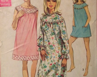 Simplicity 7910 misses nightgown & bloomers size 16-18 bust 38-40 vintage 1960's sewing pattern
