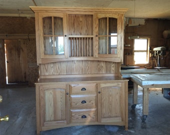 Beautiful Dining Room Cabinet / 2 Piece, Buffet, Hutch
