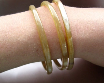 Smooth and sensual Ugandan cow horn bangles, African jewellery, tribal bangles,natural bracelets,horn jewlery,fair trade jewellery