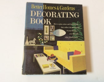 Better Homes & Gardens Decorating Book 1950's Ringed Binder