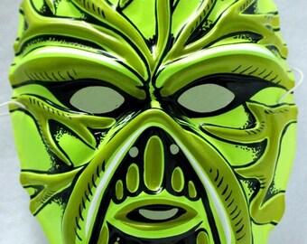 DC Comics Swamp Thing Vintage Halloween Mask 1990 Universal Monsters PVC Y006