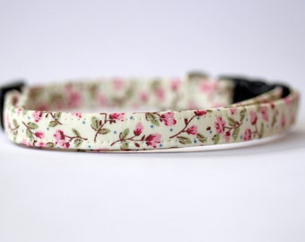 Cream and Pink Floral Cat Collar