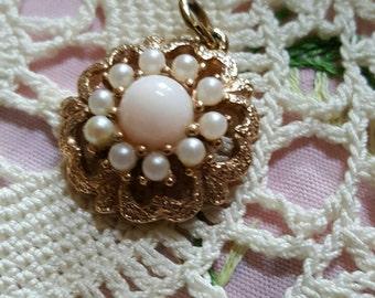 Pearl pendant~vintage floral seeded pearl drop