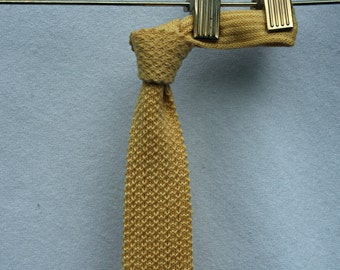 Yellow Rooster Knit Necktie