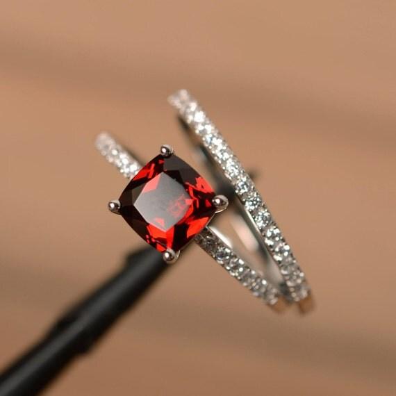 garnet engagement rings cushion cut promise ring red gemstone. Black Bedroom Furniture Sets. Home Design Ideas
