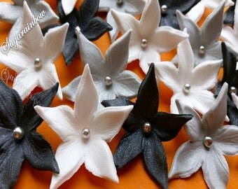 20 Edible Sugar Flowers Blossoms Blooms Decorations For cake cupcake toppers White/Silver/Black