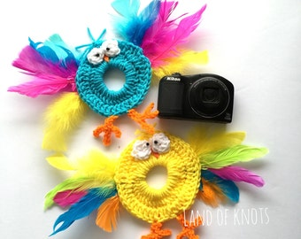 camera buddy, crochet camera buddy, bird camera buddy, camera accessories, photography props, photo props, crochet bird feathers.