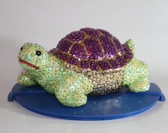 Turtle green Violeta