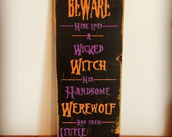 HALLOWEEN ** Halloween Sign - Halloween Decor - Seasonal Decor - Wooden Sign
