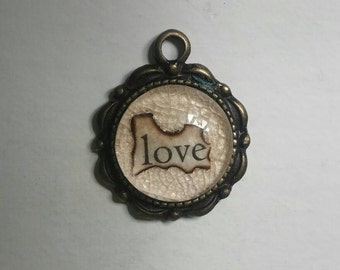 "Lead and Nickel-free ""love"" pendant 1.0"