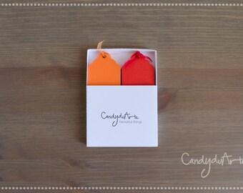 40 TAGS orange red + box, gift idea