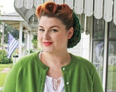 Deco Green 1940s style crochet pin up snood