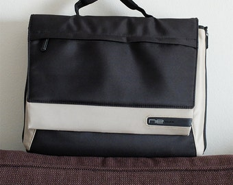 Original Belkin Notebook Bag Microfiber Case.