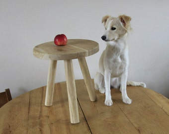 Small round table - Telephone table - Low bedside table - Night Stand - Small Side Table - Small coffee table - Flower pot stand