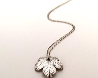 Maple leaf silver pendant