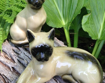 Siamese Cat Twin Figurines