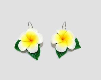 Dangle earrings, flower of the Islands