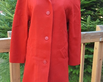 Pendleton Red 100% Virgin Wool Coat With Satin Lining Size Medium