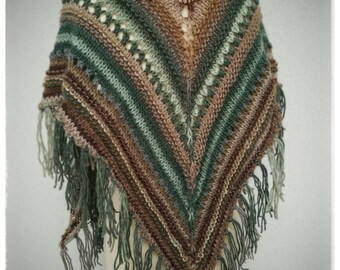 Triangle fringed shawl. Hand knitted. Green and brown mix.