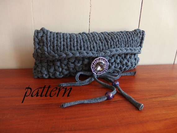 Knitted Clutch Pattern : pattern t-shirt yarn clutch/xl knitting pattern clutch/ knitted clutch ...