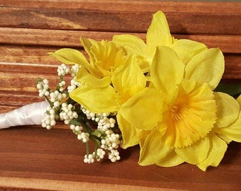 Yellow Daffodil Boutineers / Boutonnieres with White Accents