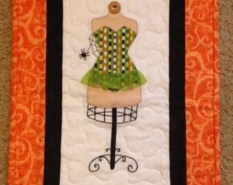 Halloween wall quilt