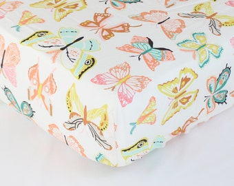 Fitted Crib Sheet & Changing Pad Cover: Butterfiles (Girl Baby Bedding) | Bold Bedding