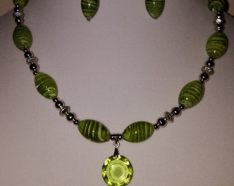 Lime Green Necklace - Lime Green Swirl Necklace - Lime Green Jewelry Set - Lime Green Glass Beads - Lime Green Jewelry - Green Necklace
