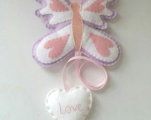 Butterfly Hair Clip Holder. Personalised Hair Clip Holder. Girls bow holder. Butterfly bedroom decoration. Personalised gift for a girl